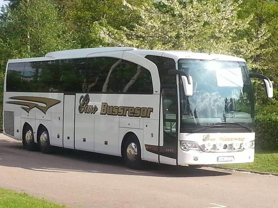 Buss sommar
